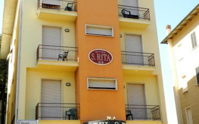 Hotel S.Rita Кьянчиано Терме вид на фасад