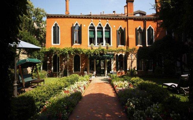Отель Pensione Accademia - Villa Maravege Италия, Венеция - отзывы, цены и фото номеров - забронировать отель Pensione Accademia - Villa Maravege онлайн вид на фасад