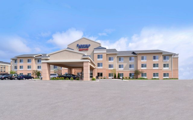 Отель Fairfield Inn And Suites By Marriott Columbus West Колумбус вид на фасад