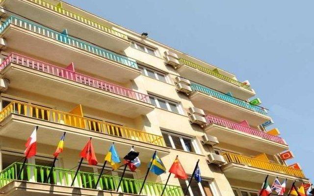 Athens Hawks Hostel вид на фасад