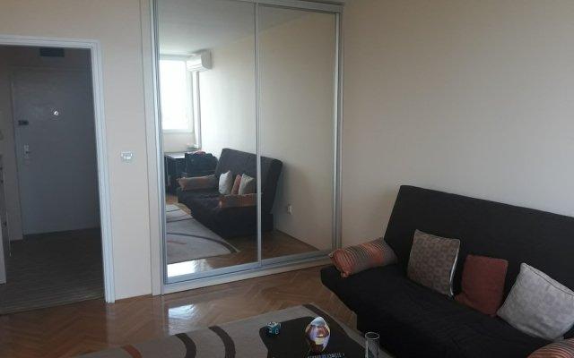 Апартаменты Apartment Loti комната для гостей
