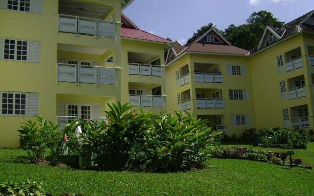 Отель Majestic Supreme Ridge Cott вид на фасад