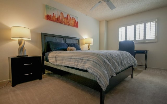 Отель Luxurious 5BR near Las Vegas Strip США, Лас-Вегас - отзывы, цены и фото номеров - забронировать отель Luxurious 5BR near Las Vegas Strip онлайн комната для гостей