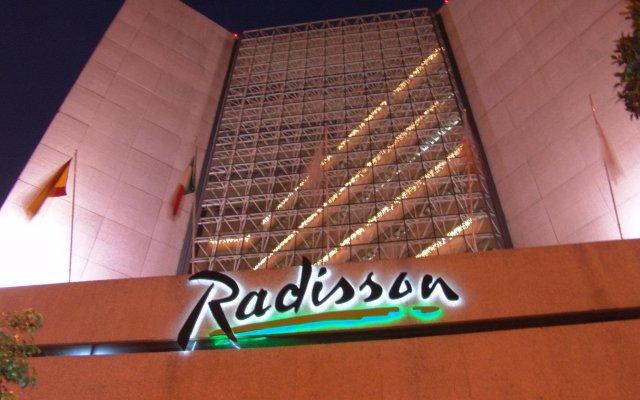 Отель Radisson Paraiso Мехико вид на фасад