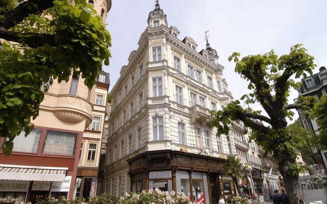 Ea Hotel Esplanade Карловы Вары вид на фасад