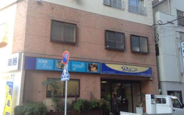 Business Hotel G&P Хаката вид на фасад