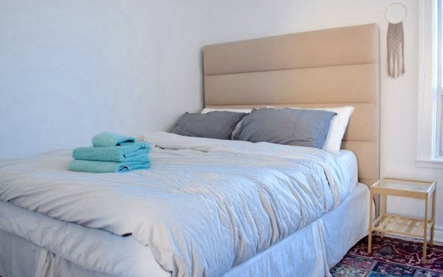Premium 2 Bed Luxury Bath + Parking