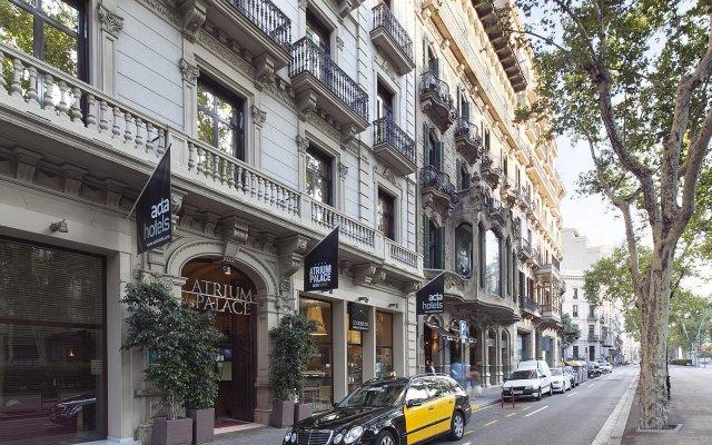 Отель Acta Atrium Palace вид на фасад