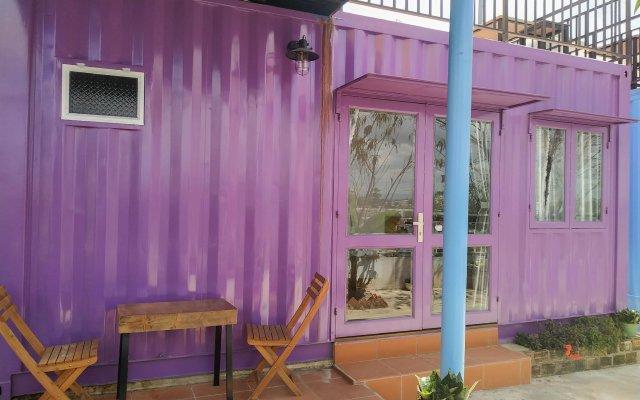 Queen Bee Hostel Далат вид на фасад