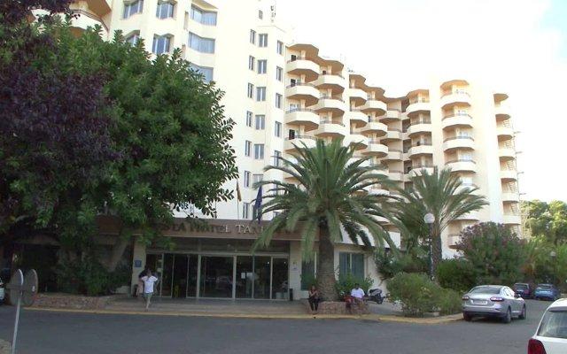 Отель Fiesta Hotel Tanit Испания, Сан-Антони-де-Портмань - отзывы, цены и фото номеров - забронировать отель Fiesta Hotel Tanit онлайн вид на фасад