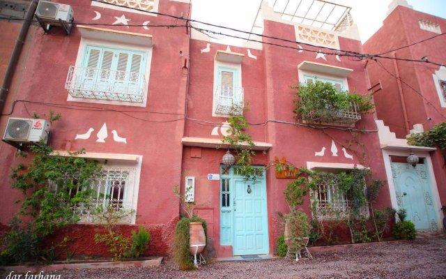 Отель Maison d'Hôtes Dar Farhana Марокко, Уарзазат - отзывы, цены и фото номеров - забронировать отель Maison d'Hôtes Dar Farhana онлайн вид на фасад
