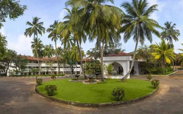 Отель Tangerine Beach Шри-Ланка, Калутара - 2 отзыва об отеле, цены и фото номеров - забронировать отель Tangerine Beach онлайн вид на фасад