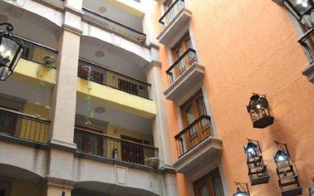 Отель Santiago De Compostela Hotel Мексика, Гвадалахара - отзывы, цены и фото номеров - забронировать отель Santiago De Compostela Hotel онлайн вид на фасад