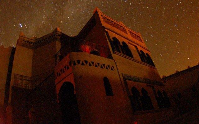 Отель Ksar Bicha Марокко, Мерзуга - отзывы, цены и фото номеров - забронировать отель Ksar Bicha онлайн вид на фасад