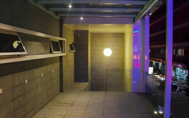 Отель Colour Inn - She Kou Branch Китай, Шэньчжэнь - отзывы, цены и фото номеров - забронировать отель Colour Inn - She Kou Branch онлайн вид на фасад
