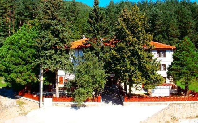 Отель Mitnitsa and TKZS Biliantsi Болгария, Чепеларе - отзывы, цены и фото номеров - забронировать отель Mitnitsa and TKZS Biliantsi онлайн