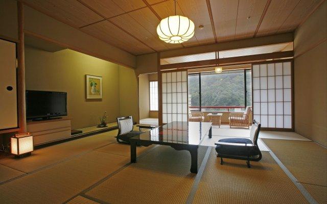 Отель Misasa Yakushinoyu Mansuirou Мисаса комната для гостей