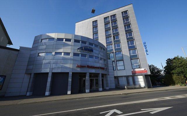 Hotel Ambassador вид на фасад