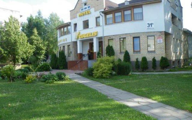 Отель Rugelis Литва, Мажейкяй - отзывы, цены и фото номеров - забронировать отель Rugelis онлайн вид на фасад