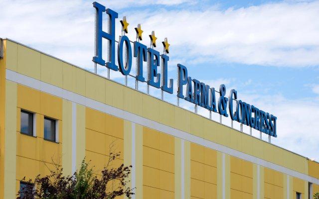 Отель CDH Hotel Parma & Congressi Италия, Парма - отзывы, цены и фото номеров - забронировать отель CDH Hotel Parma & Congressi онлайн вид на фасад