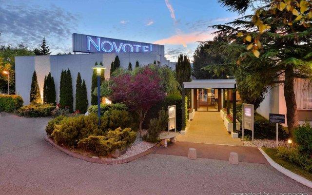 Отель Novotel Genève Aéroport France Франция, Ферней-Вольтер - отзывы, цены и фото номеров - забронировать отель Novotel Genève Aéroport France онлайн вид на фасад
