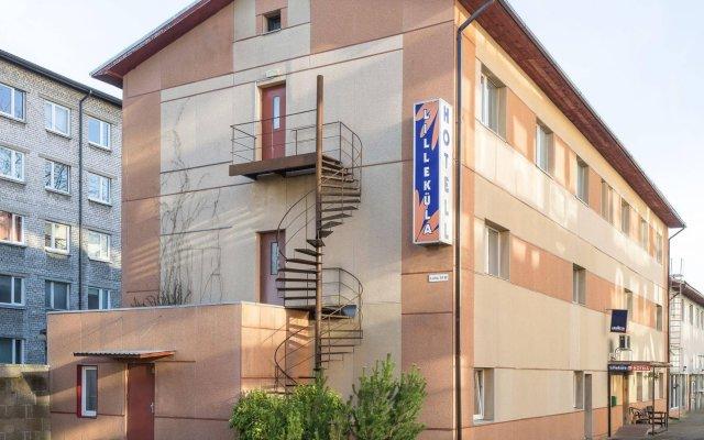 Отель Lillekula Hotel Эстония, Таллин - - забронировать отель Lillekula Hotel, цены и фото номеров вид на фасад