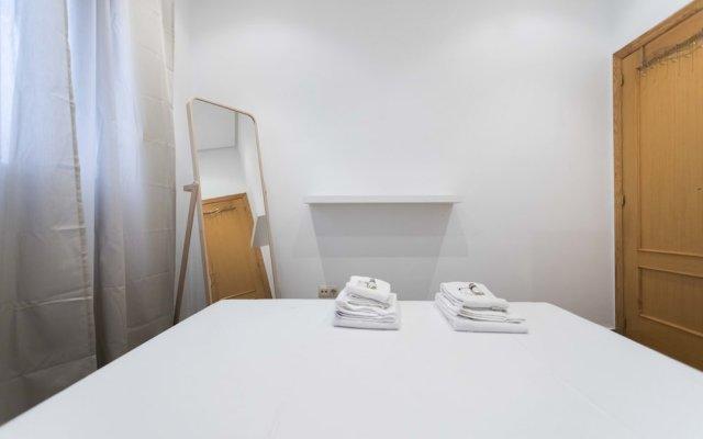Отель Living Valencia - Bolseria Street комната для гостей