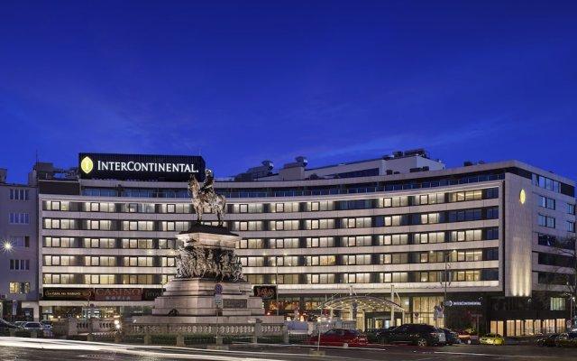 Отель InterContinental Sofia вид на фасад