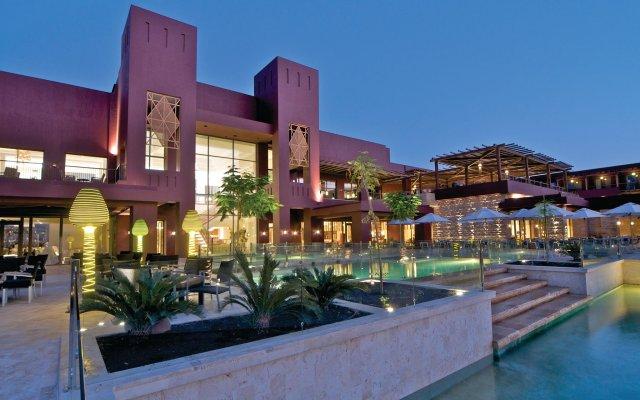 Отель Movenpick Resort & Spa Tala Bay Aqaba вид на фасад