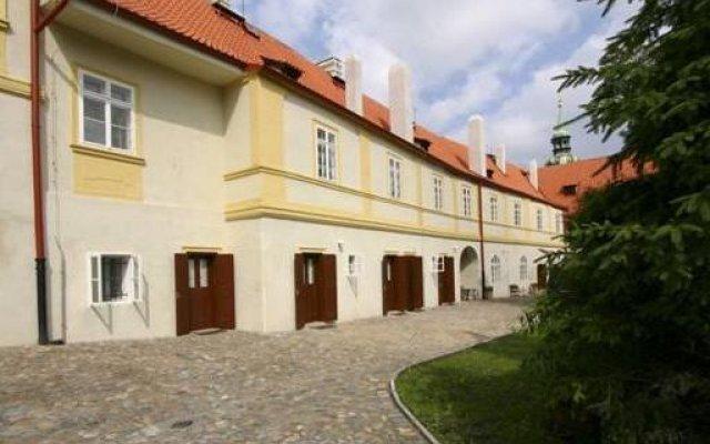 Отель Prague Loreta Residence Чехия, Прага - отзывы, цены и фото номеров - забронировать отель Prague Loreta Residence онлайн вид на фасад