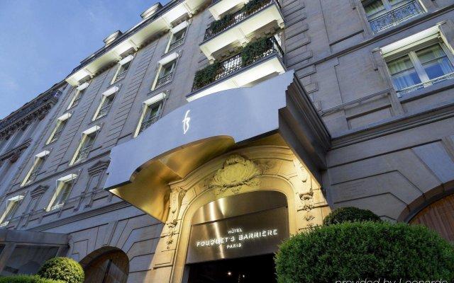 Отель Hôtel Barrière Le Fouquet's Франция, Париж - 1 отзыв об отеле, цены и фото номеров - забронировать отель Hôtel Barrière Le Fouquet's онлайн вид на фасад