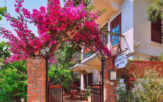 Rauf Bey Evi Турция, Каш - отзывы, цены и фото номеров - забронировать отель Rauf Bey Evi онлайн вид на фасад