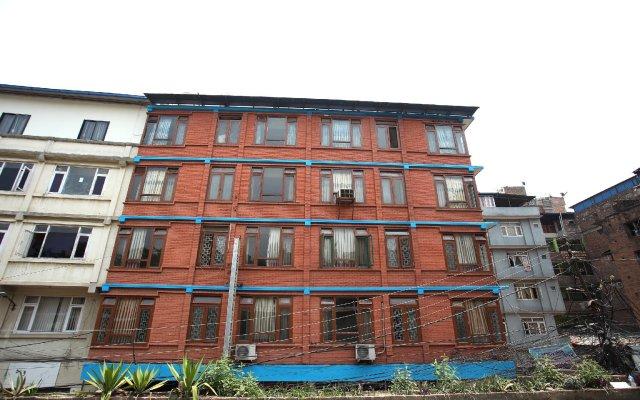 Отель Ashoka Непал, Катманду - отзывы, цены и фото номеров - забронировать отель Ashoka онлайн вид на фасад