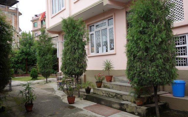 Отель Bodhi Guest House Непал, Катманду - отзывы, цены и фото номеров - забронировать отель Bodhi Guest House онлайн вид на фасад