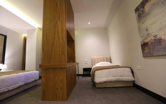 Delta Hotel 1