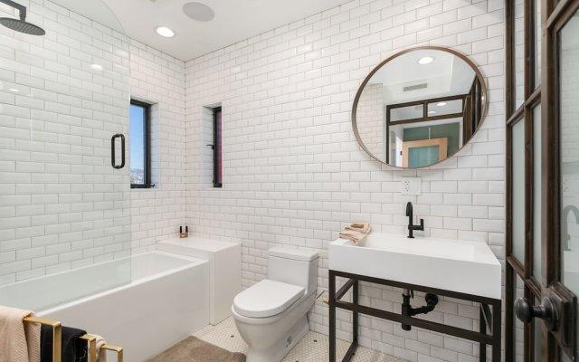 717 N El Centro Ave Home 2 Bedrooms 2.5 Bathrooms Home