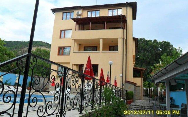 Отель Prim Hotel Болгария, Сандански - отзывы, цены и фото номеров - забронировать отель Prim Hotel онлайн вид на фасад