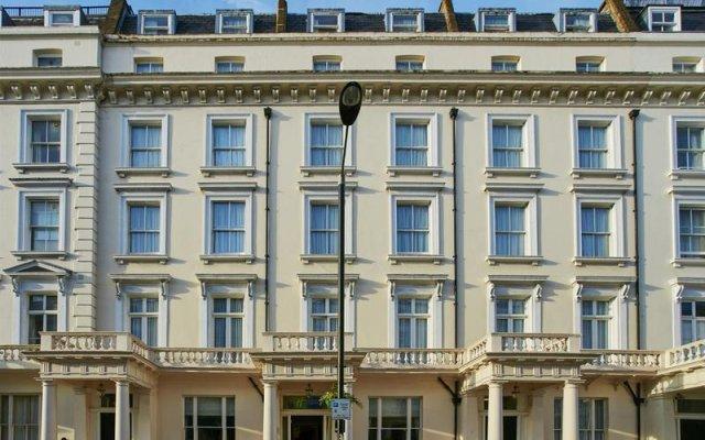 Отель Holiday Inn Express London Victoria вид на фасад