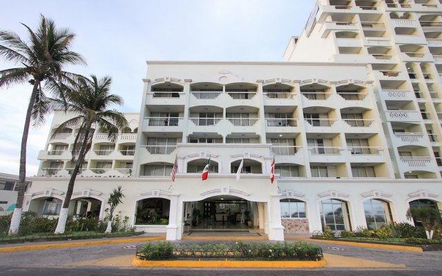 Отель Don Pelayo Pacific Beach вид на фасад