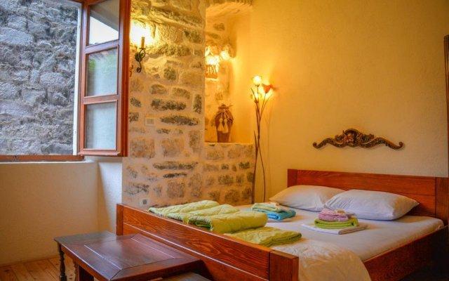 Отель Hostel Old Town Kotor Черногория, Котор - отзывы, цены и фото номеров - забронировать отель Hostel Old Town Kotor онлайн комната для гостей