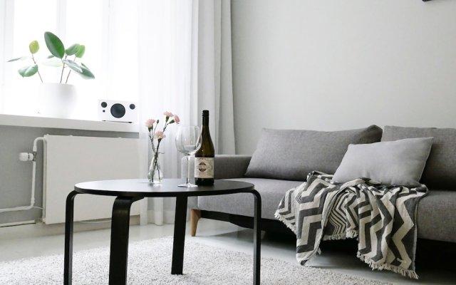 Отель Roost Korkea Финляндия, Хельсинки - отзывы, цены и фото номеров - забронировать отель Roost Korkea онлайн комната для гостей