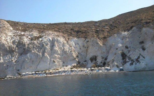 Отель IfestAu.4 Греция, Остров Санторини - отзывы, цены и фото номеров - забронировать отель IfestAu.4 онлайн вид на фасад