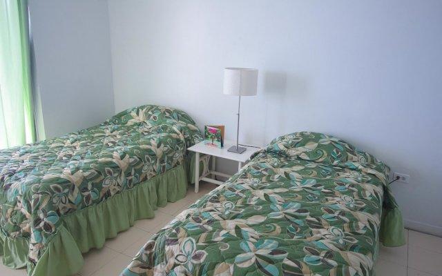 Отель High Tides Beach Studio Ямайка, Монтего-Бей - отзывы, цены и фото номеров - забронировать отель High Tides Beach Studio онлайн комната для гостей