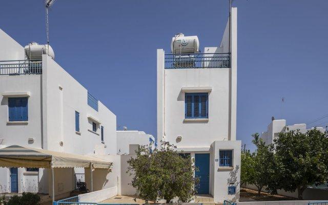 Отель Protaras Villa Stef вид на фасад