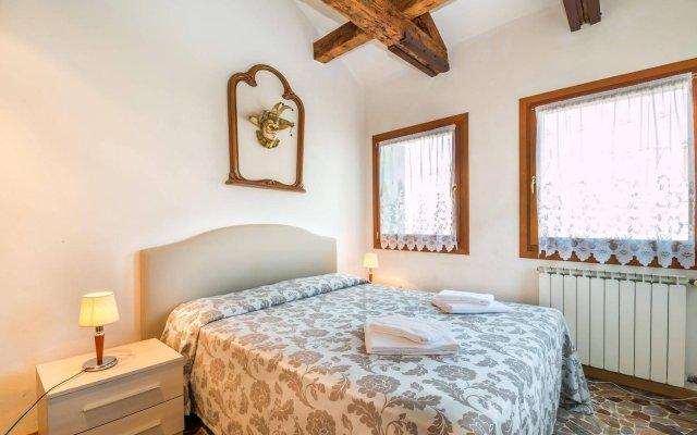 Отель Alloggio Ai Tre Ponti Италия, Венеция - 1 отзыв об отеле, цены и фото номеров - забронировать отель Alloggio Ai Tre Ponti онлайн комната для гостей