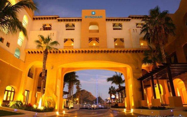 Отель Wyndham Cabo San Lucas Resort Los Cabos вид на фасад