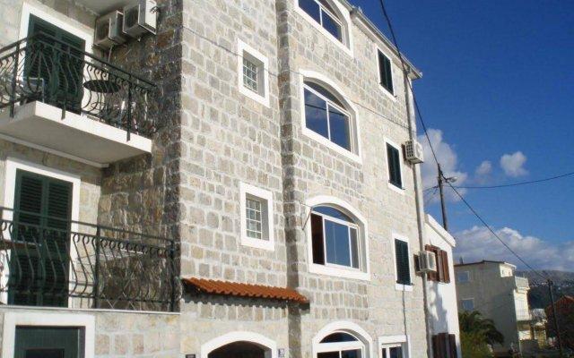 Villa Plazibat
