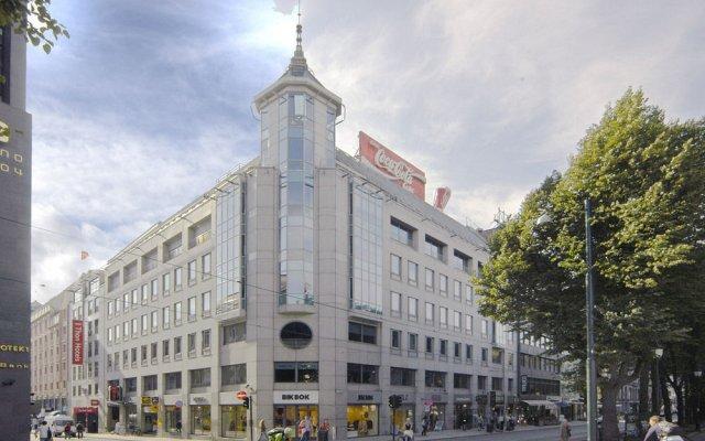 Отель Thon Hotel Cecil Норвегия, Осло - 2 отзыва об отеле, цены и фото номеров - забронировать отель Thon Hotel Cecil онлайн вид на фасад