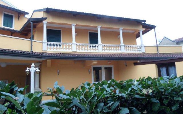 Отель Casa Colonna Италия, Монтегротто-Терме - отзывы, цены и фото номеров - забронировать отель Casa Colonna онлайн вид на фасад