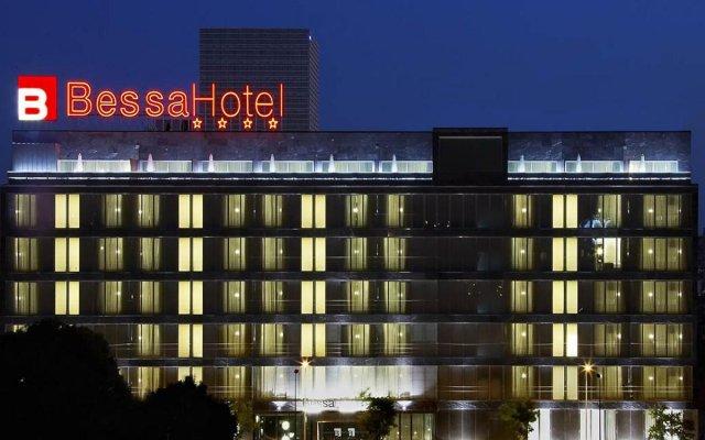 Отель Bessa вид на фасад